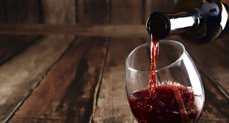 Milagro es convertir el agua en vino, lo demás chorradas.